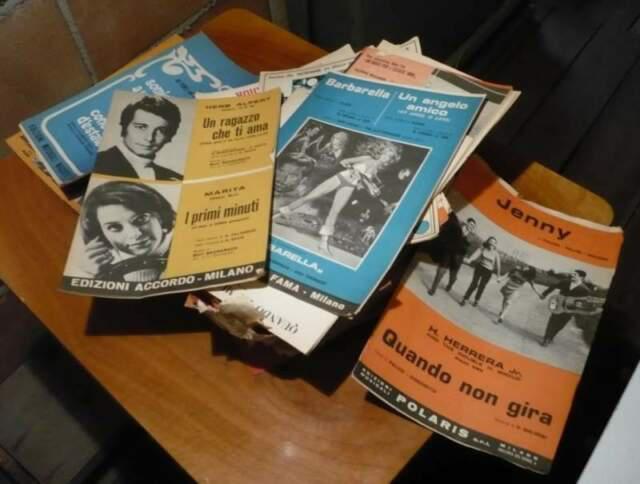 Stock dischi vinile 45 giri anni 60/70