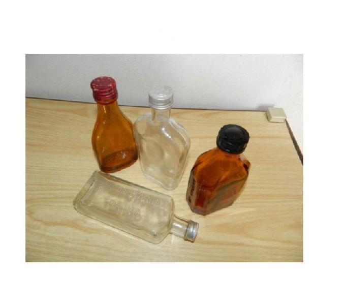 Farmacia bottiglie scatole svuotatasche
