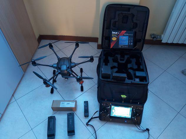 Drone professionale typhoon h