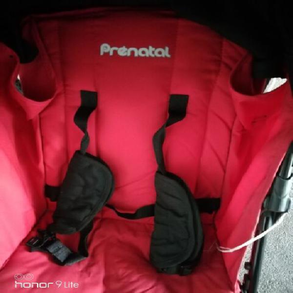 Passeggino leggero rosso prenatal