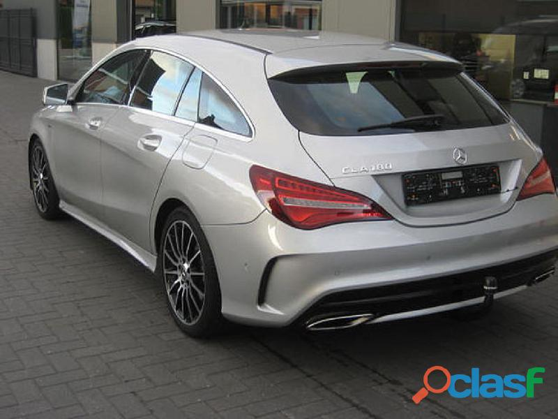 Mercedes benz cla 180 edition amg led