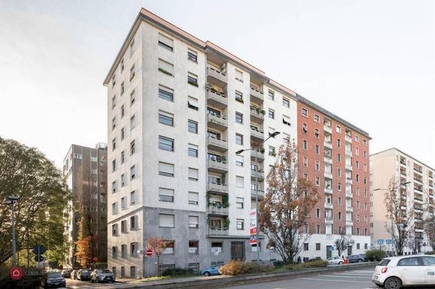 Appartamento di 188mq in via rossetti 9 a milano