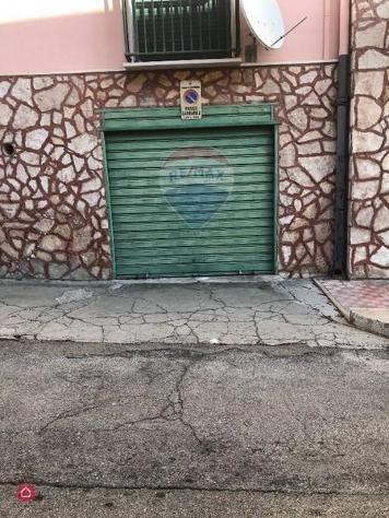 Garage/posto auto di 32mq a manfredonia