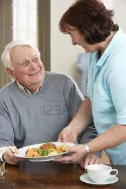 Assistenza anziani e ammalati a domicilio e in ospedale-