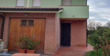 Villa schiera picciorana
