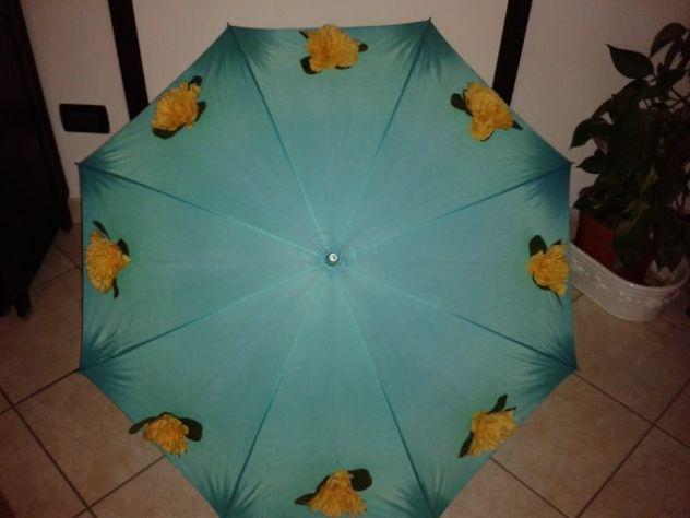vendo ombrello decorato