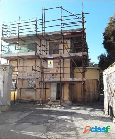 Villa all'asta a SAVONA Via Rocca di Legino 38