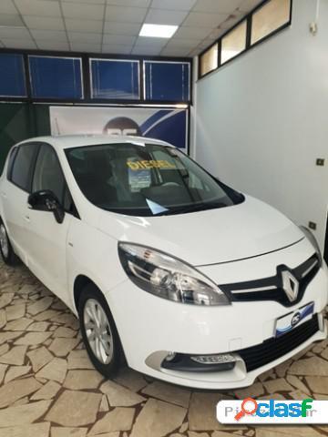 Renault scénic diesel in vendita a giugliano in campania (napoli)