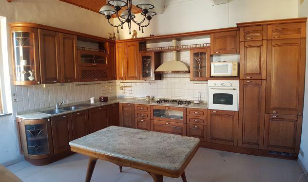 Cucina top in marmo bella grande e in buono stato