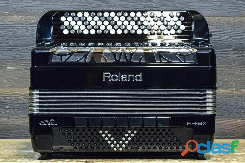 Fisarmonica roland v accordion fr 8 xb