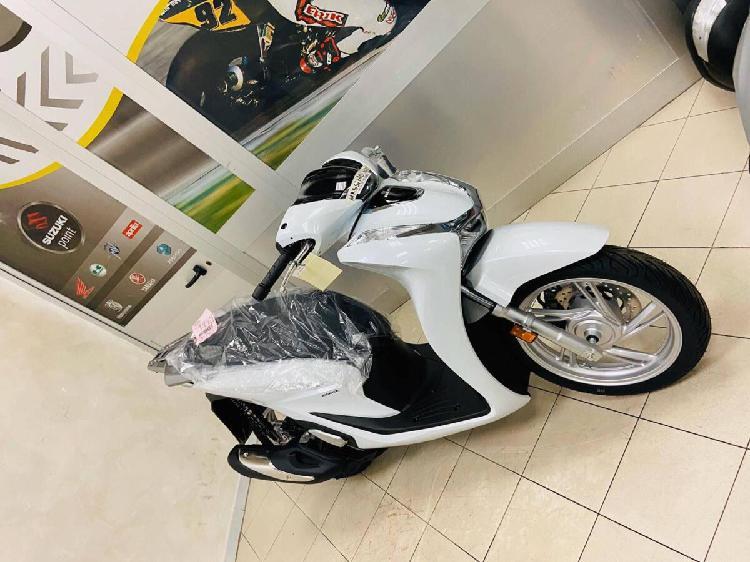 Honda SH 150 i (2020) nuova a Guidonia Montecelio