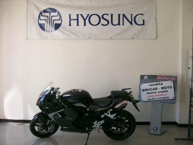 Hyosung Comet 125 sportiva
