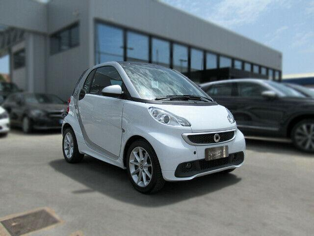 Smart fortwo electric drive coupe' 2serie