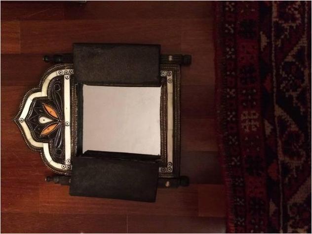 Specchio con ante in legno
