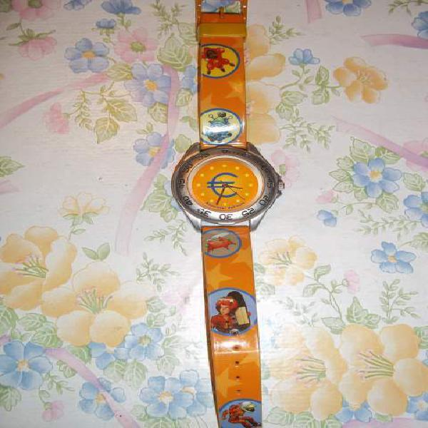 Orologi vari modelli e colori