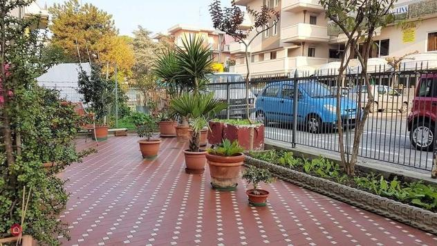 Casa indipendente di 390mq in Via Adolfo De Carolis 9a a