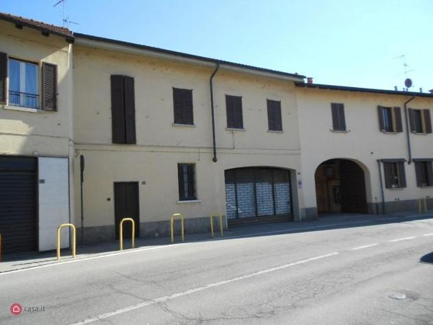 Rustico/Casale di 220mq in Via Espinasse a Magenta