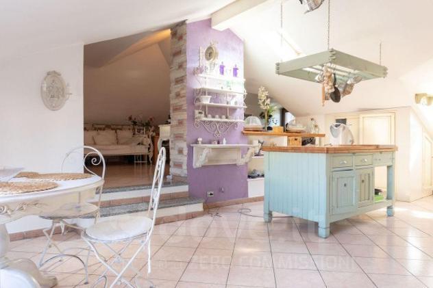 Appartamento di 100 m² con 3 locali in vendita a brugherio