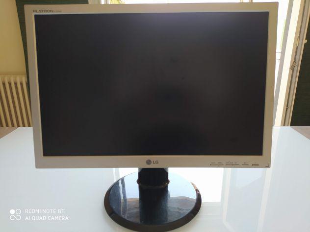 Lg flatron l222ws monitor nuovo perfetto per pc