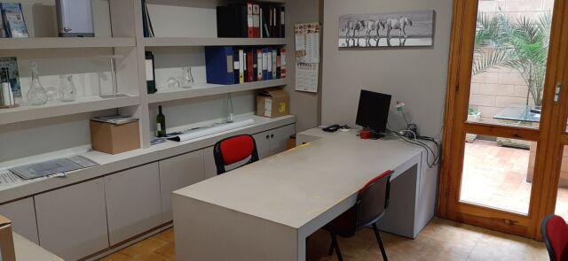 Stanza uso ufficio in condivisione
