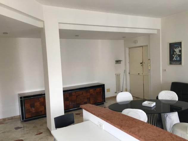 Appartamento di 95 m² con 4 locali in vendita a rimini