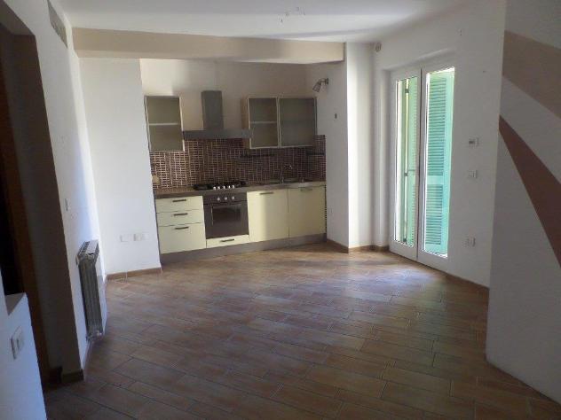 Appartamento in affitto a Carrara 40 mq Rif: 882385