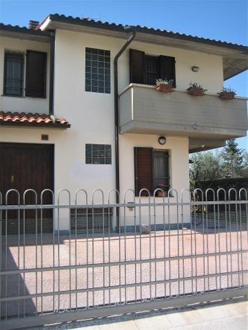 Villetta bifamiliare in affitto a NAVACCHIO - Cascina 120 mq