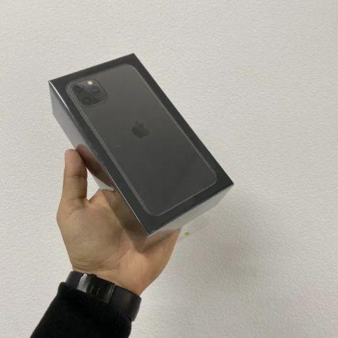 Iphone sigillato 11 pro max 256 gb, 12 mesi di garanzia