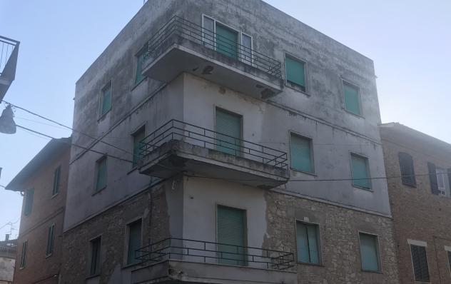 Cdl4036 appartamento al piano secondo con balcone