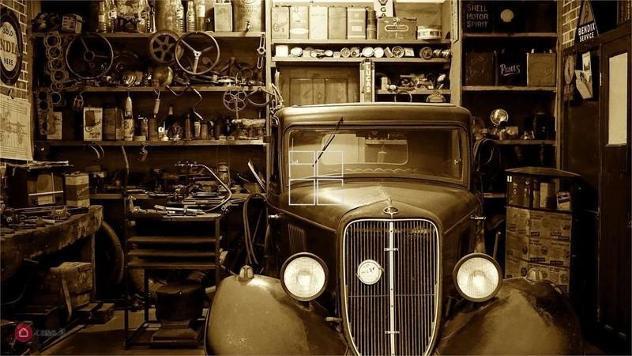 Garage/posto auto di 14mq in lungolago cesare battisti a