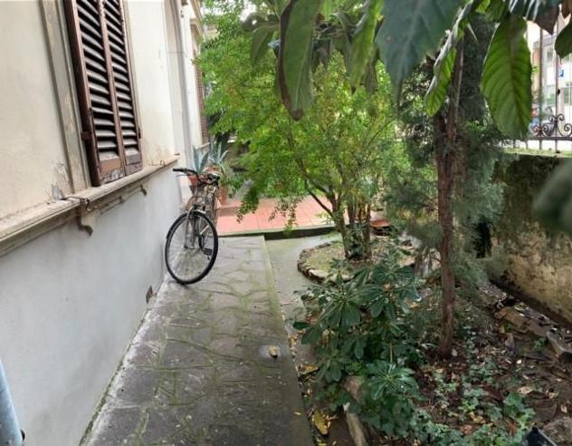 Appartamento in affitto a Pisa 110 mq Rif: 2030A