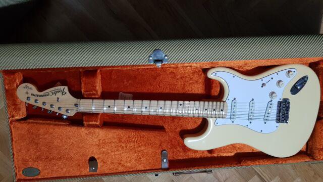 Fender stratocaster yngwie malmsteen artist series 2014 yjm