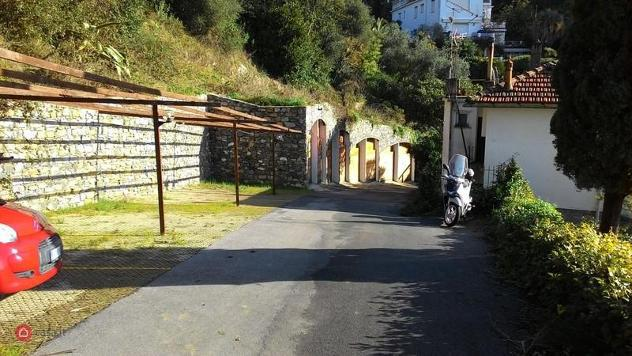 Garage/posto auto di 13mq in via punta seglio a rapallo
