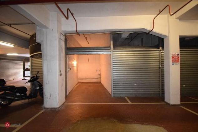 Garage/posto auto di 16mq in via felice romani a genova