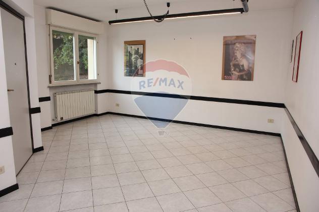 Rif34961001-77 - Appartamento in Affitto a Casnate con