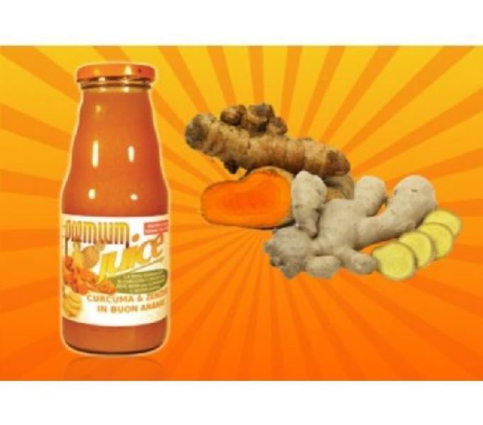 Succo di curcuma e zenzero in ananas naturale senza conserva