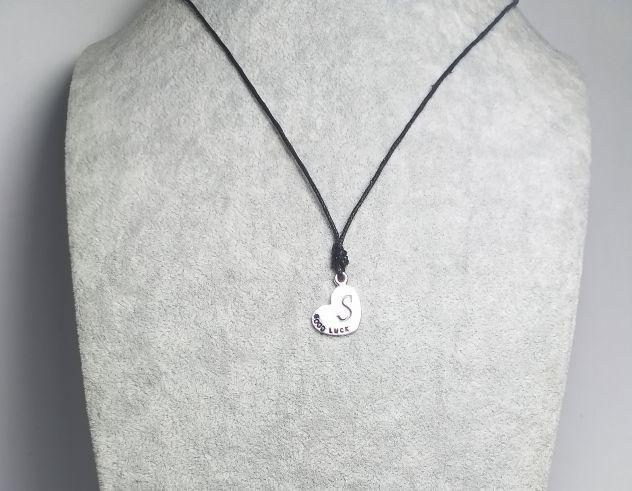 Collana cuore lettera s good luck filo cerato 1mm nodo