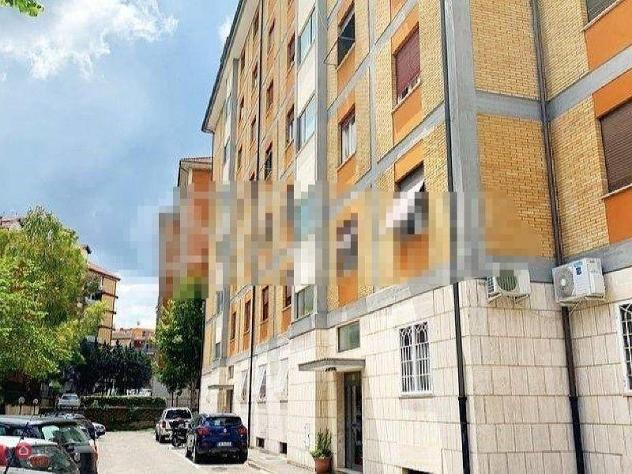 Appartamento di 110mq in Via Emilio Macro a Roma
