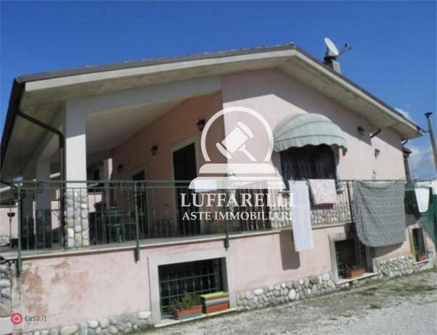 Casa bi/trifamiliare di 164mq in via difesa a fara in sabina