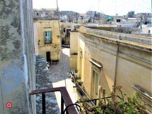 Appartamento di 150mq in via dasumno 8 a lecce