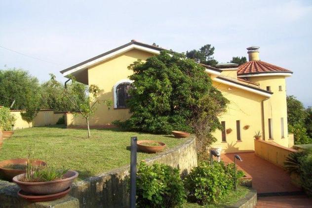 Villa singola in vendita a massa 300 mq rif: 733557