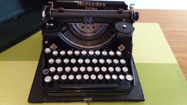 "Macchina da scrivere portatile, ""mercedes prima 1935'"