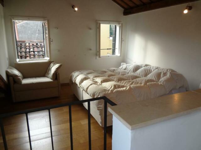 Venezia centro, appartamento ammobiliato, ristrutturato