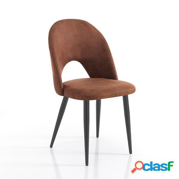 Sedie colore marrone </p>                     </div>                     <div id=