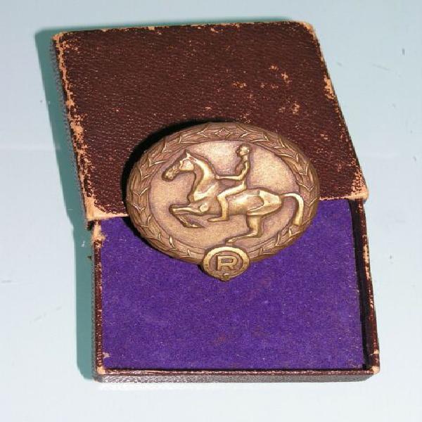 Distintivo tedesco iii reich per giovane cavaliere +