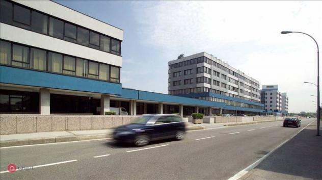 Ufficio di 155mq in via cesare cantù a cinisello balsamo