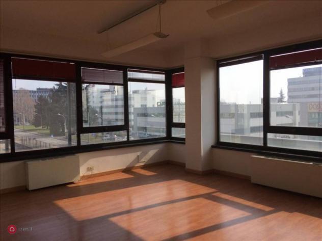 Ufficio di 330mq in via cesare cantù a cinisello balsamo
