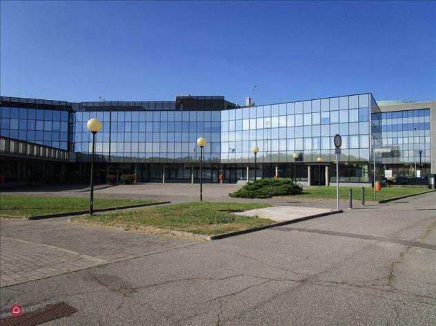 Ufficio di 700mq in piazza maestri del lavoro a cernusco sul