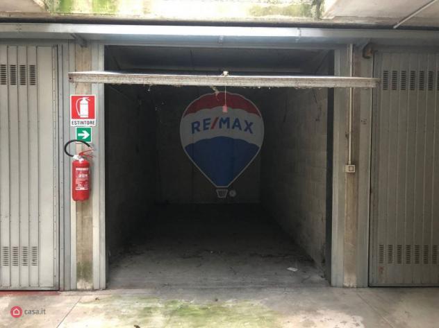 Garage/posto auto di 15mq in strada padana superiore 32 a
