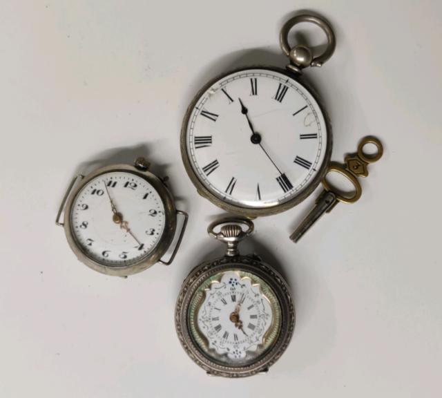 Lotto stock 3 orologi antichi da tasca in argento epoca